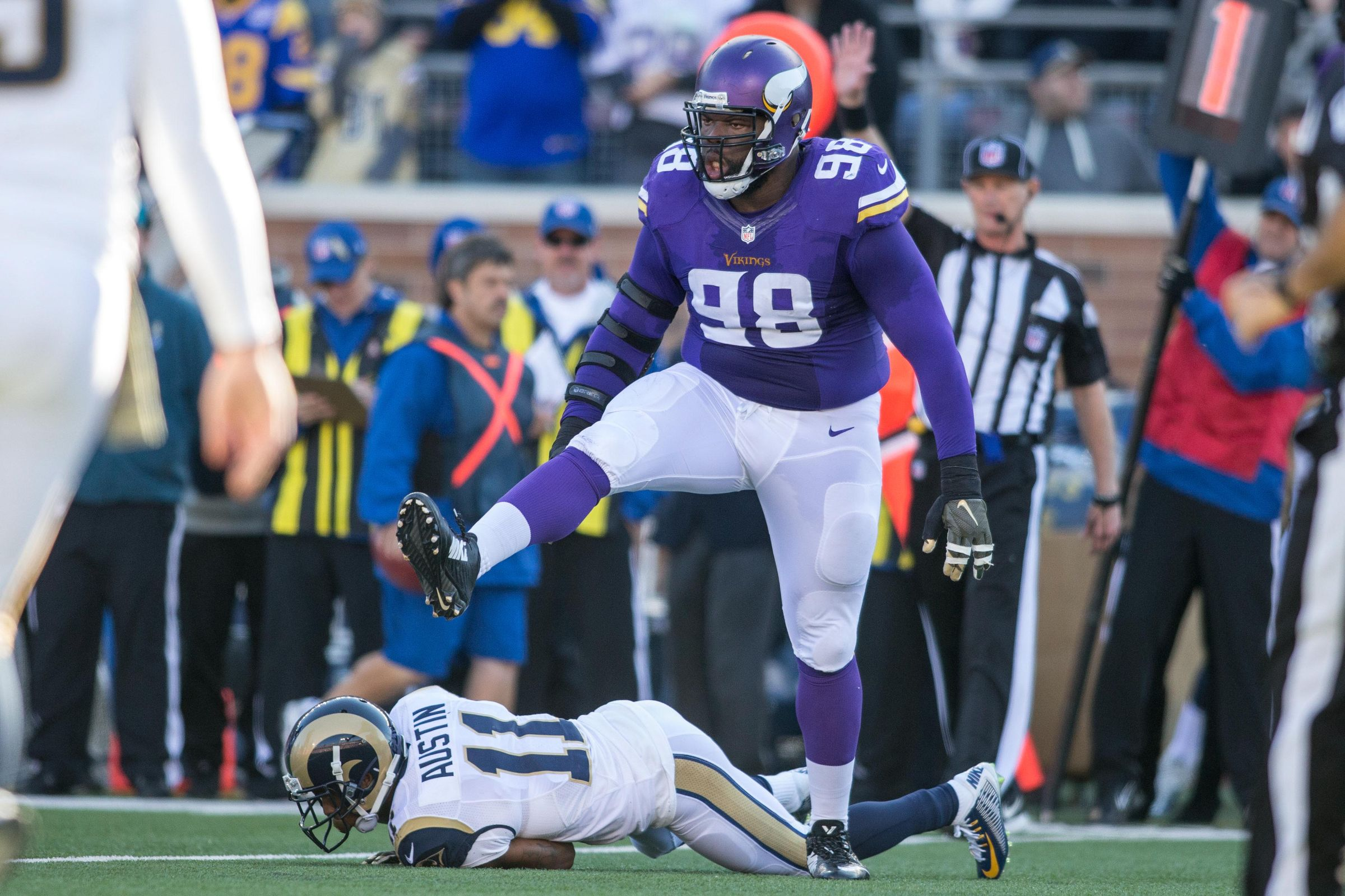 St Croix s Linval Joseph Questionable For Sunday Night Game