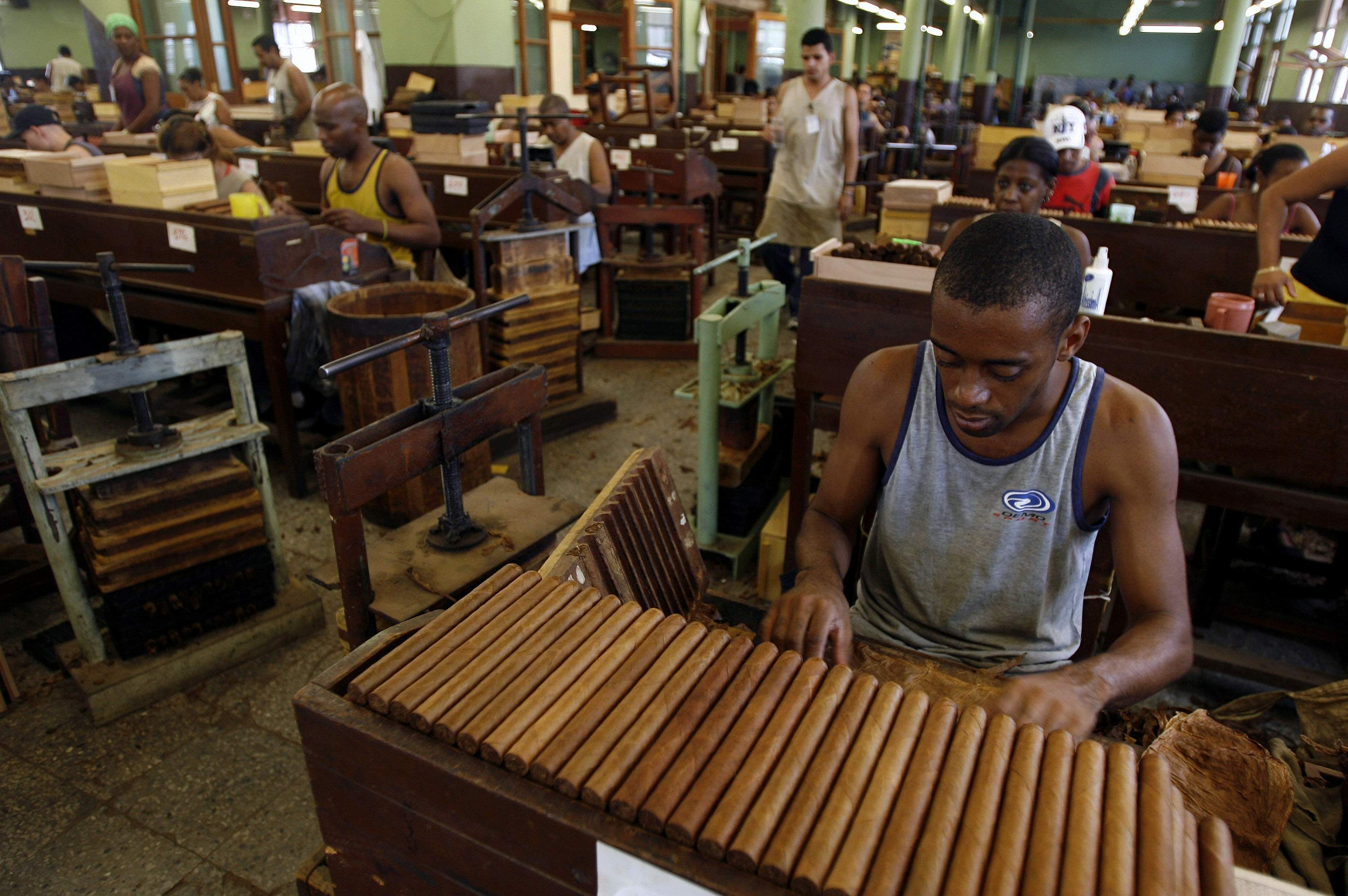 cigar-making.jpg