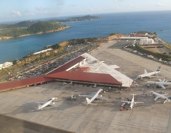 how to get to st john from st thomas airport