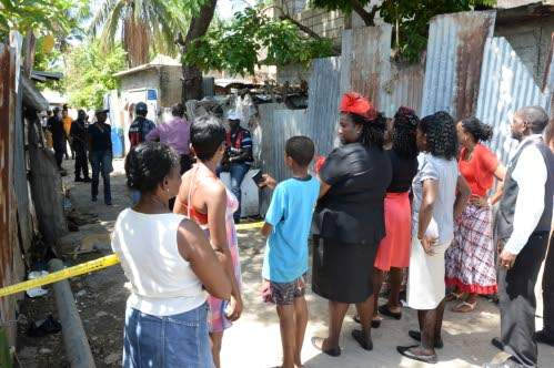 crime in jamaica Jamaica is a commonwealth realm, with queen elizabeth ii as its monarch and head of state her appointed representative in the country is the governor-general of jamaica, an office held by sir patrick allen since 2009 andrew holness has served as the head of government and prime minister of jamaica from march 2016.